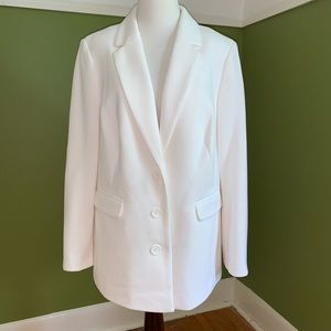 NWOT Laura Plus blazer in size 14